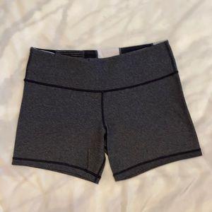 Lululemon athletica reversible Groove shorts